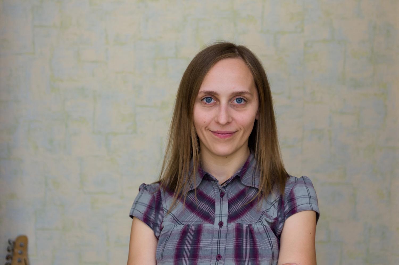 Eglė Baliutavičiūtė, Nacionalinės Martyno Mažvydo bibliotekos Vaikų ir jaunimo literatūros skyriaus darbuotoja.