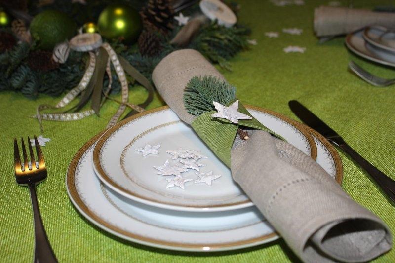 Žalios Kalėdos: kuo čia dėtos plunksnos?