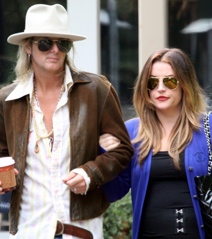 Lisa Marie Presle su vyru Michaelu Lockwoodu