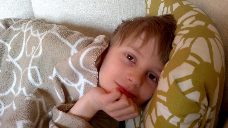 Berniukas lovoje