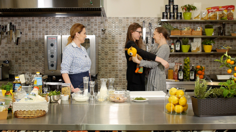 """Kulinarinėje TV3 laidoje """"Virtuvės istorijos""""  akimirkos. (TV3 niotr.)"""
