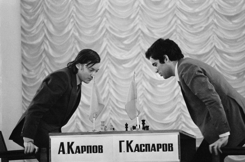Anatolijaus Karpovo ir Gario Kasparovo šachmatų partija