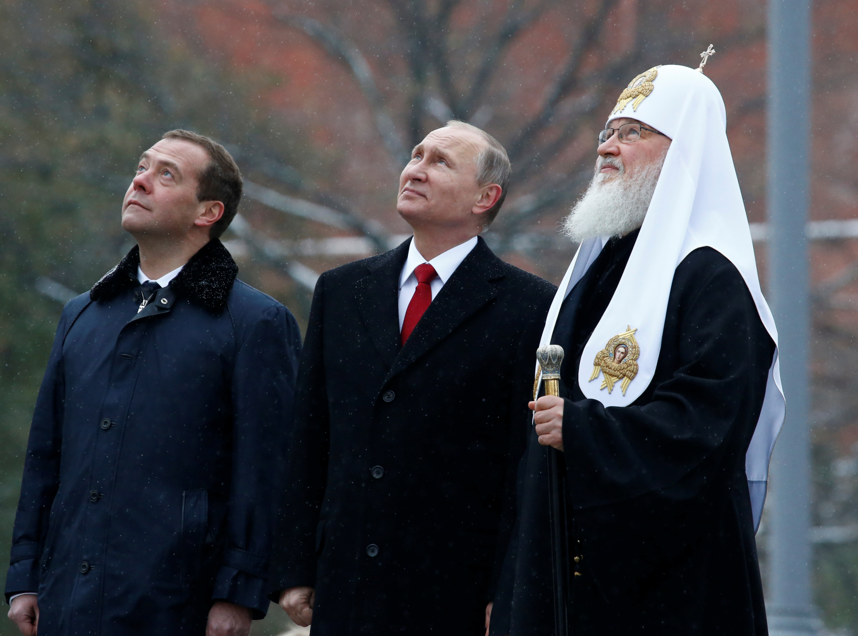 Dmitrijus Medvedevas, Vladimiras Putinas ir patriarchas Kirilas