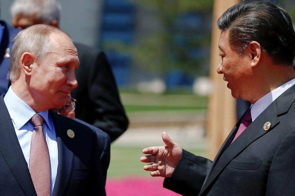 Kinijos prezidentas Xi Jinpingas ilgai planavo pirmąjį Juostos ir kelio forumo susitikimą. Šiaurės Korėja atitraukė pasaulio dėmesį.