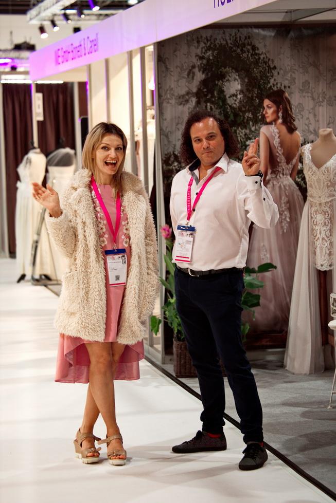 Suknelių paroda