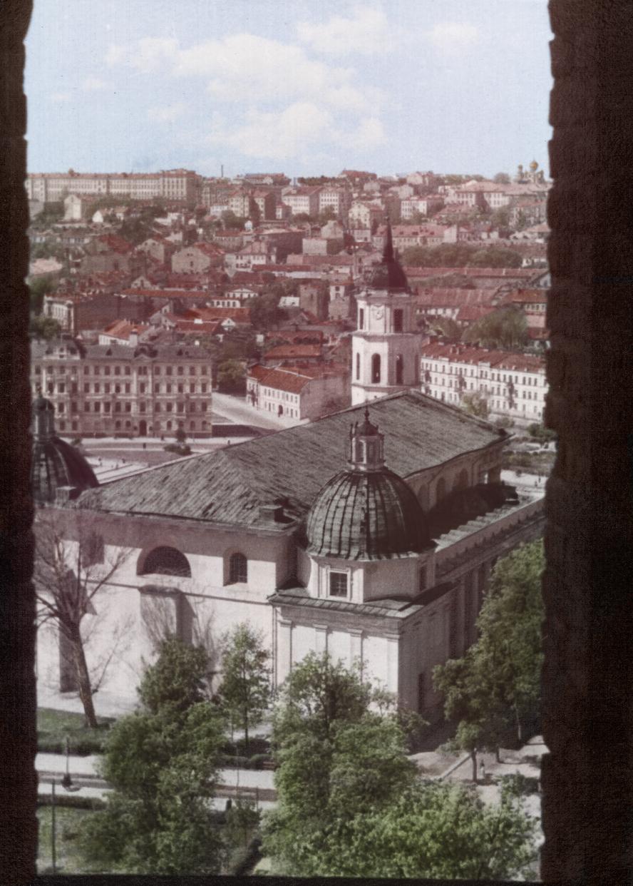 Vilniaus katedra - be skulptūrų 1954 m