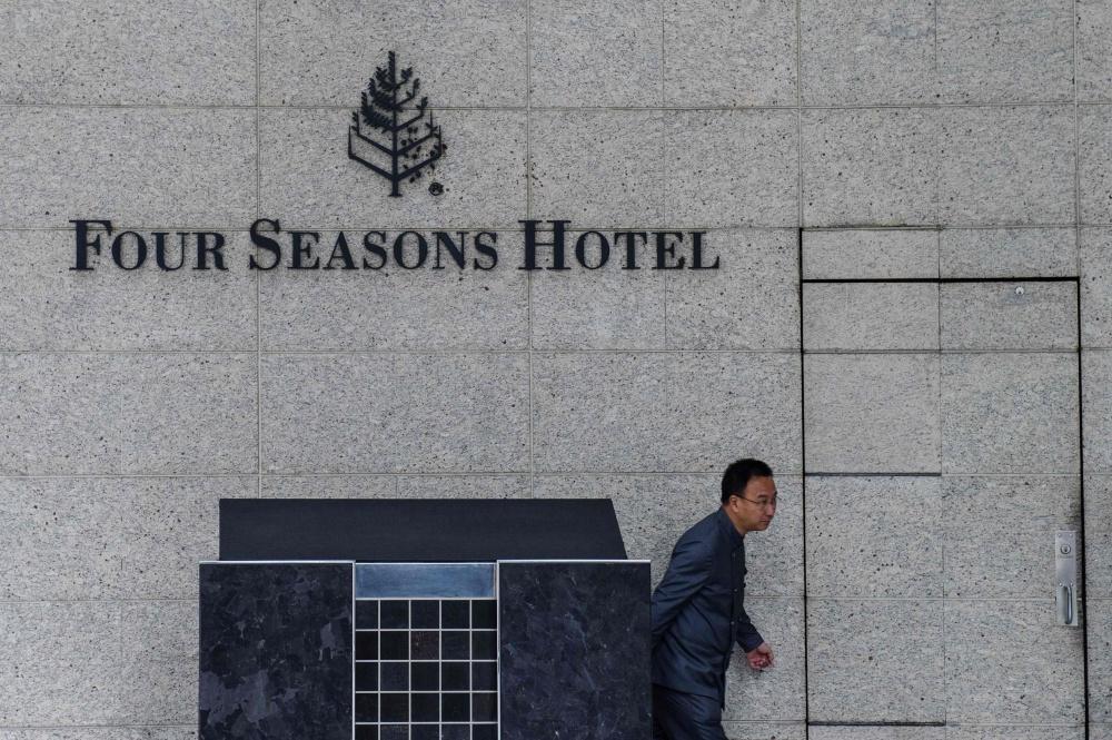 """""""Four Seasons"""" viešbutis Honkonge – paskutinė vieta, kur buvo matytas žymus verslininkas Xiao Jianhua"""